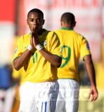 so rezando robinho - vexame do brasil contra o paraguai - eliminat¢rias 2010.jpg