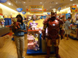 IRONMAN VISITS OPRY MILLS MALL