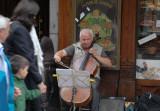Zaragoza violonchelista.jpg