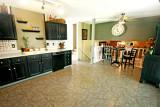 060 kitchen 2 web.jpg