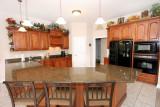 740 kitchen fullweb.jpg