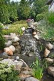 932 waterfallweb.jpg