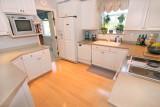 238 kitchen fullweb.jpg