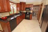 kitchen 166.jpg
