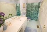 bdr 2 bath 559.jpg