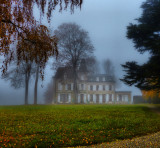 Fog transforms every country house in a mysterious manor…