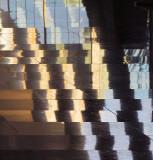 Le parquet brillant de l'entrée
