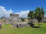 Des palmiers et des temples