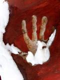 main ensanglantée