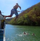 le saut du bateau