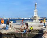 Cubains sur le quai