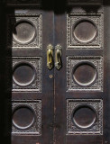 porte noire sur Obispo