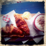 27th November 2011  coffee and croissants