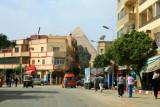 8871 Giza and Pyramid.jpg