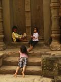 Kids Roluos group.jpg