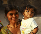 Mother and child Diu.jpg