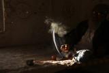 Kutch man in mud hut 05.jpg