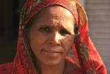 Patan woman red 1.jpg