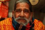 Ahmedabad man in temple.jpg
