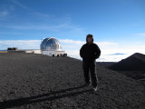 Me-and-the-United-Kingdom-Infared-Telescope-UKURT.jpg