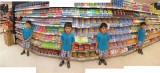 Rahil in Bangkok Grocery Store (11 Dec 2011)