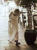 Bowing waitress - Puerto Mogan