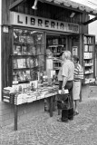 Searching for a good book - Ischia