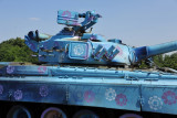 I'm not quite sure the purpose of the blue paint scheme on this T-80UD