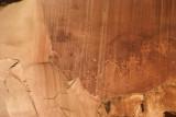 Petroglyphs Capitol Reef w jagged rock edges