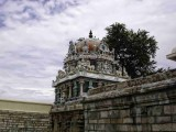 03 -Frescoes on gopuram.jpg