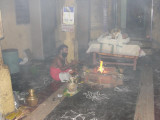 Battar Performing Homam @ Tiruvaali.JPG