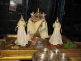 JaganNathapPerumal with UbhayaNaachimaar.JPG