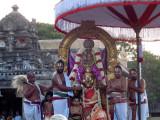 Perumal Kovil Aadi Garudan - Gajendra Moksham