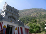 40-kattazhagar koil with the western ghats on the background.jpg