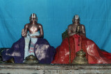 6. Sri Perumbhudhur Sri Pillai Lokachariyar and Sri Manavala Mamunigal.jpg