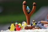 Angry-bird birthday cake