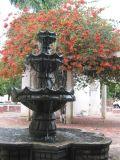 Fuente Colonial en el Parque Central