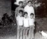 Mon mami y primo Juan