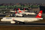 TURKISH AIRLINES AIRCRAFT IST RF IMG_5119.jpg