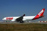 TAM AIRBUS A330 200 JFK RF IMG_7547.jpg