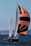 Pen Duick II sous spi arrive sur Douarnenez le jeudi 17 juillet 2008