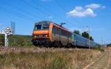 Near Gonfaron, the BB26166 and a Teoz train, heading to Marseille.
