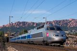 Heading to Marseille, a TGV Réseaux between Agay and Le Dramont.