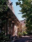 oldelephanthouse2.jpg