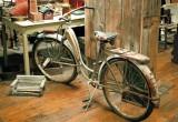 08_antique-wheels.JPG