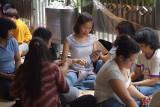 Sunday picnic for Philippino housemaids