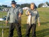 Ingelise & Gunnar med hver sin fisk Ingelises´er den største og hendes første fisk
