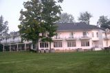 Trip to Amish country and the Red Maple Inn, Burton, Ohio (9-06)