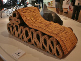 Frank O. Gehry : Bubbles Chaise Longue made of corrugated cardboard - 1987