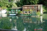 houseboats on the seine6.JPG